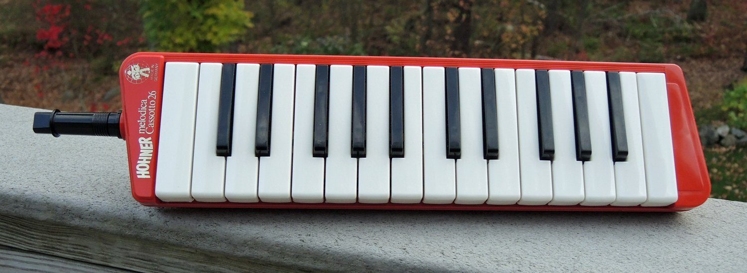 Red Hohner Cassotto